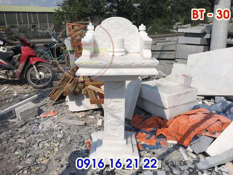 19 mẫu bàn thờ thiên ngoài trời đẹp bằng đá trắng thiết kế đẹp không mái